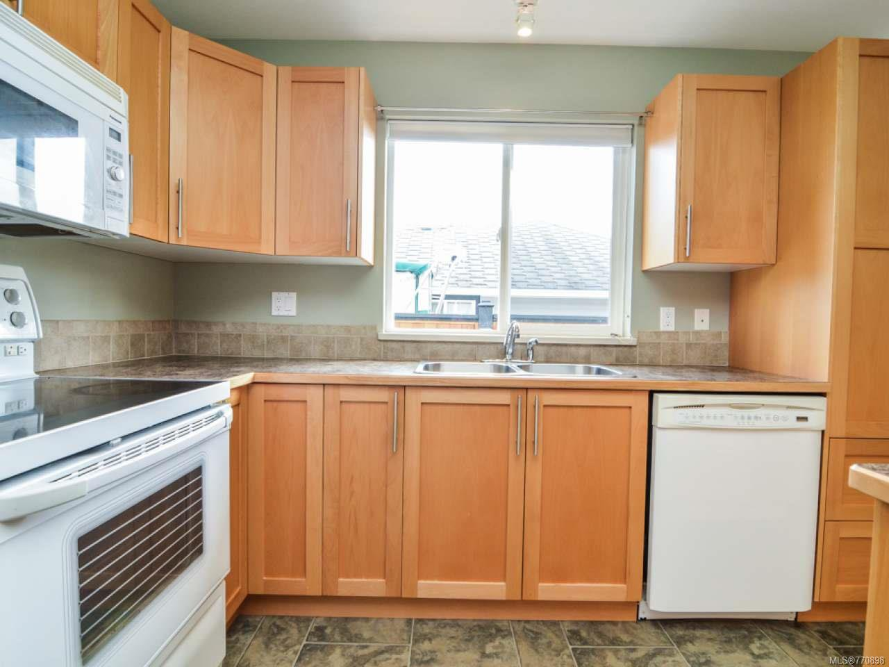 Photo 12: Photos: 135 Colorado Dr in CAMPBELL RIVER: CR Willow Point House for sale (Campbell River)  : MLS®# 770898