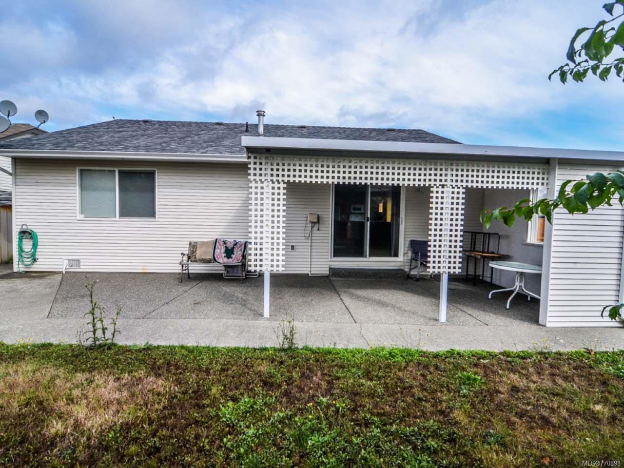 Photo 8: Photos: 135 Colorado Dr in CAMPBELL RIVER: CR Willow Point House for sale (Campbell River)  : MLS®# 770898