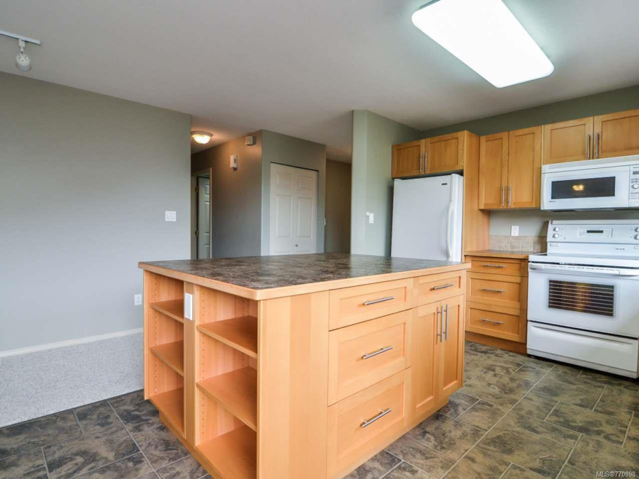 Photo 10: Photos: 135 Colorado Dr in CAMPBELL RIVER: CR Willow Point House for sale (Campbell River)  : MLS®# 770898