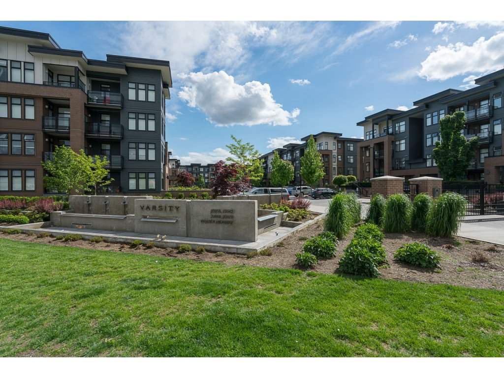 """Main Photo: 209 20078 FRASER Highway in Langley: Langley City Condo for sale in """"VARSITY"""" : MLS®# R2226351"""