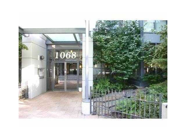 """Main Photo: 1001 1068 HORNBY Street in Vancouver: Downtown VW Condo for sale in """"THE CANADIAN AT WALL CENTRE"""" (Vancouver West)  : MLS®# R2256350"""