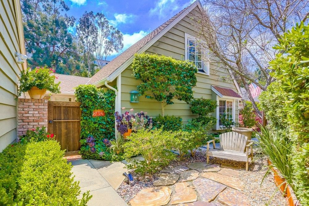 Main Photo: LA COSTA House for sale : 5 bedrooms : 2853 Cacatua St in Carlsbad