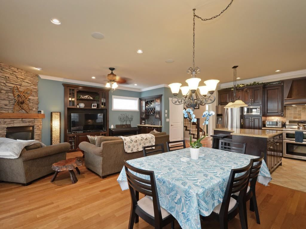 Photo 4: Photos: 4857 47A Avenue in Delta: Ladner Elementary House for sale (Ladner)  : MLS®# R2312477