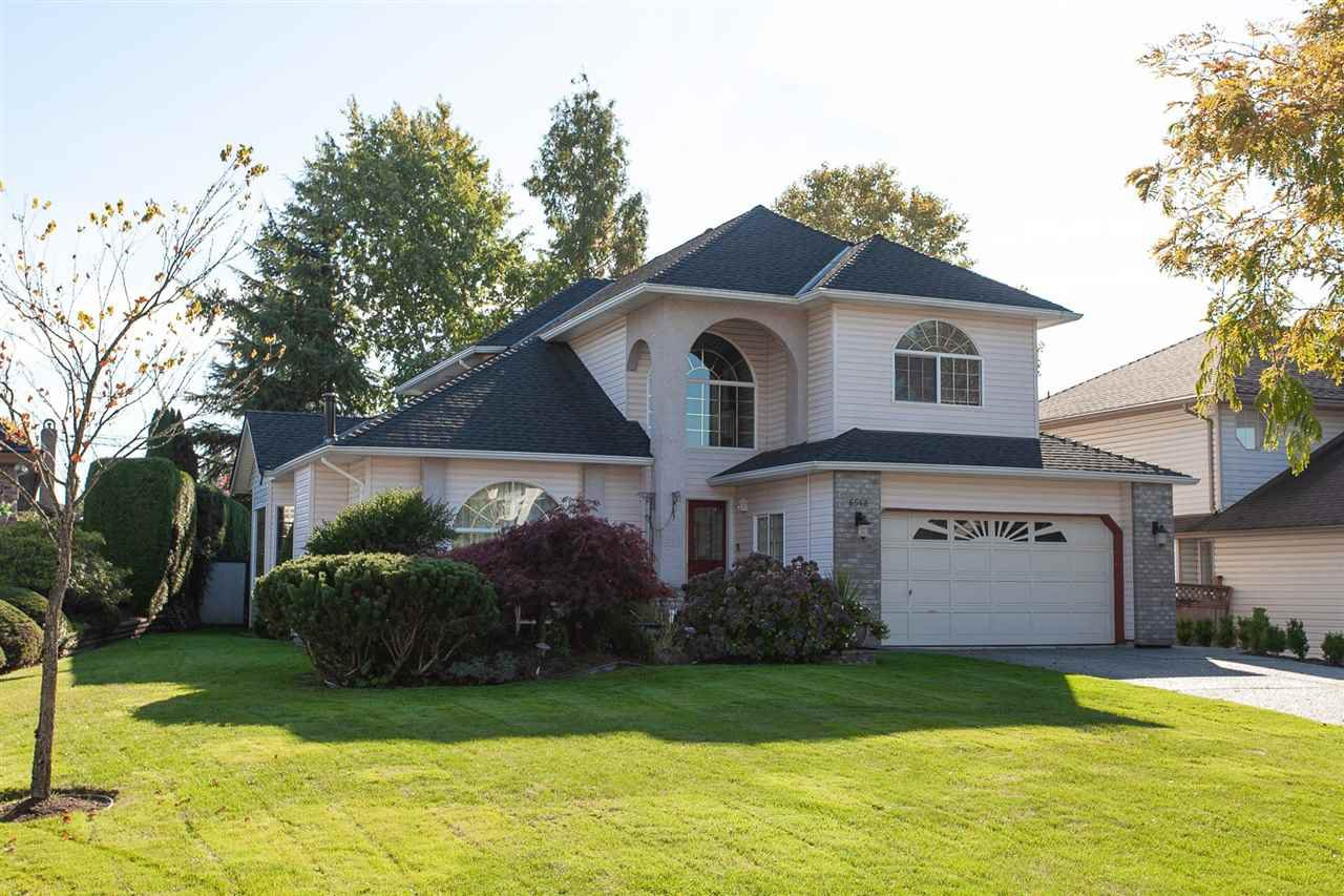"Main Photo: 6568 CLAYTONWOOD Place in Surrey: Cloverdale BC House for sale in ""Clayton Hill"" (Cloverdale)  : MLS®# R2327145"