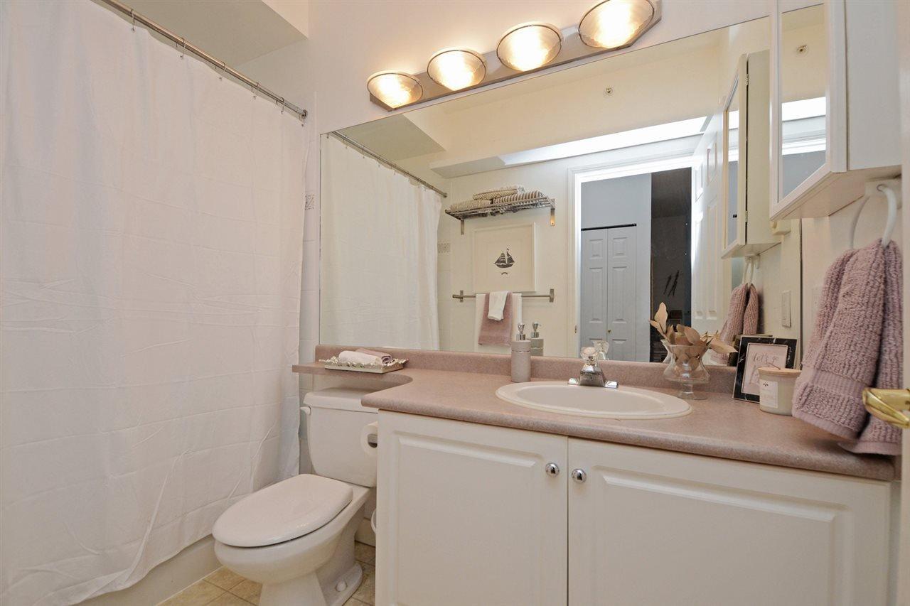 "Photo 16: Photos: 301 4745 54A Street in Delta: Delta Manor Condo for sale in ""ADLINGTON COURT"" (Ladner)  : MLS®# R2337535"
