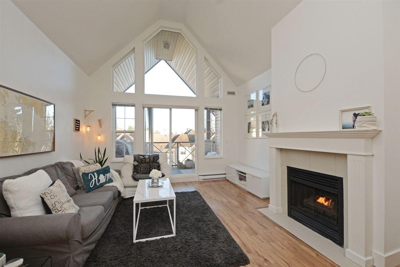 "Photo 2: Photos: 301 4745 54A Street in Delta: Delta Manor Condo for sale in ""ADLINGTON COURT"" (Ladner)  : MLS®# R2337535"