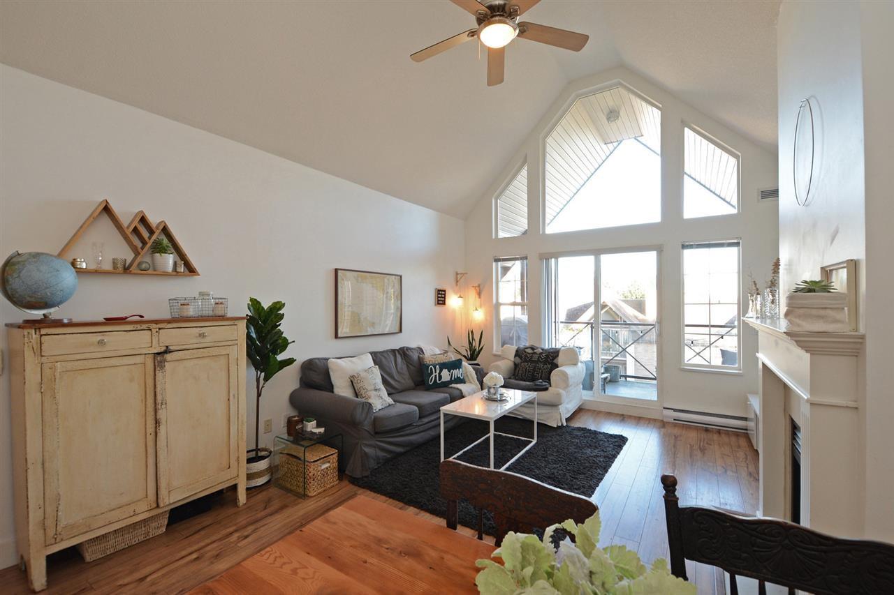 "Photo 6: Photos: 301 4745 54A Street in Delta: Delta Manor Condo for sale in ""ADLINGTON COURT"" (Ladner)  : MLS®# R2337535"