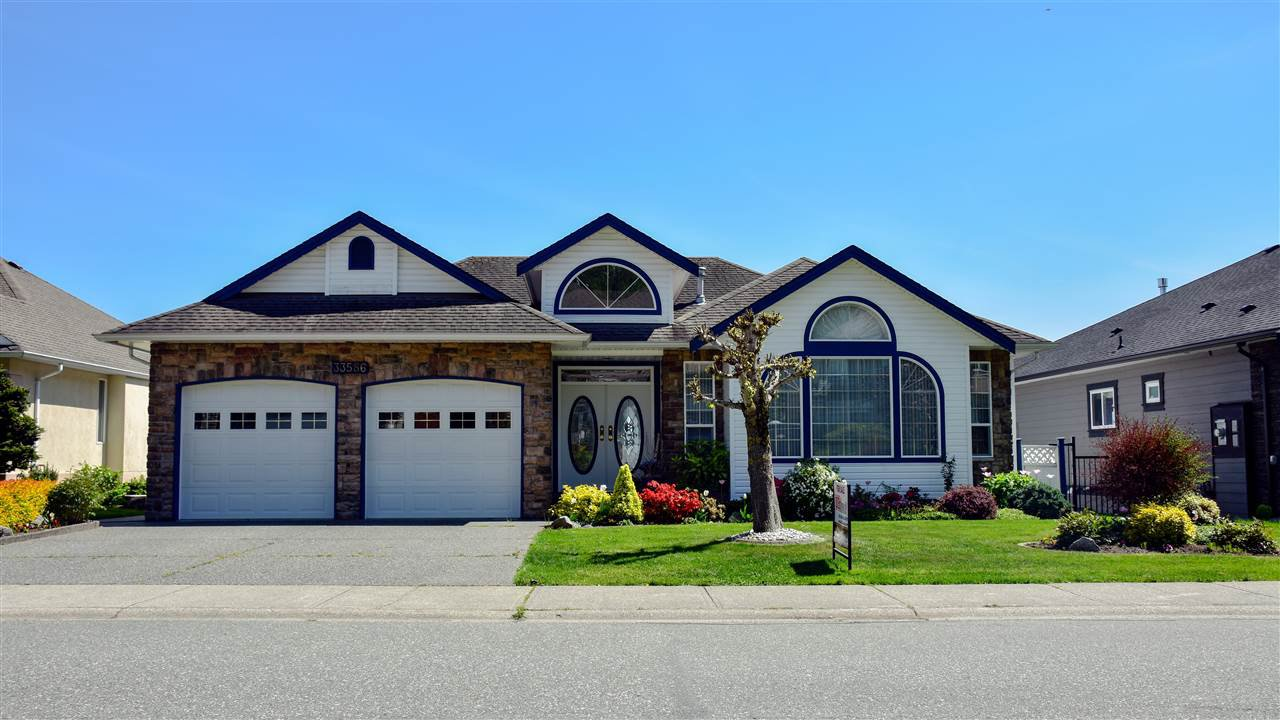 Main Photo: 33586 12 Avenue in Mission: Mission BC House for sale : MLS®# R2344304