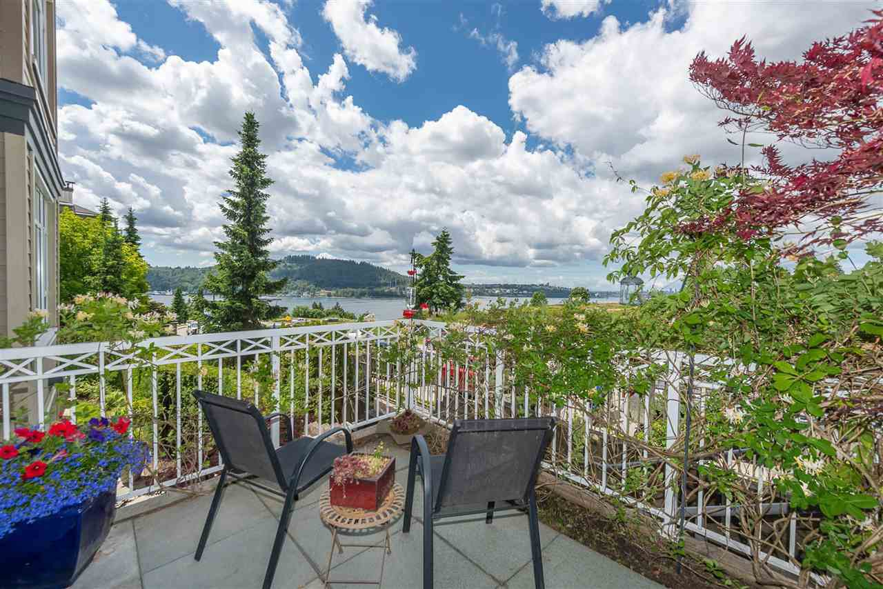 "Photo 4: Photos: 201 3600 WINDCREST Drive in North Vancouver: Roche Point Townhouse for sale in ""Windsong At Raven Woods"" : MLS®# R2377804"