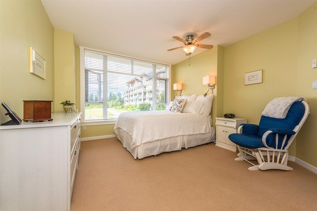 "Photo 12: Photos: 201 3600 WINDCREST Drive in North Vancouver: Roche Point Townhouse for sale in ""Windsong At Raven Woods"" : MLS®# R2377804"