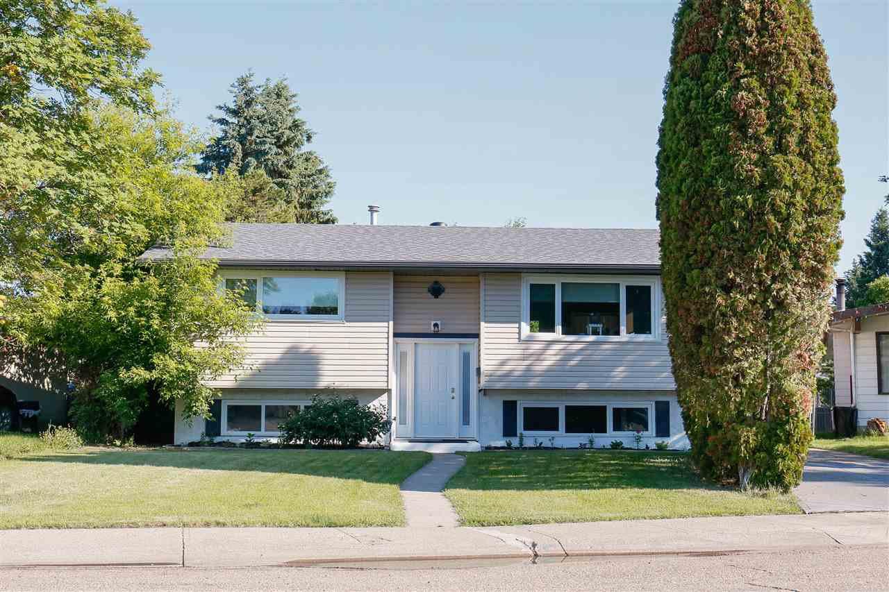 Main Photo: 166 Homestead Crescent in Edmonton: Zone 35 House for sale : MLS®# E4162365
