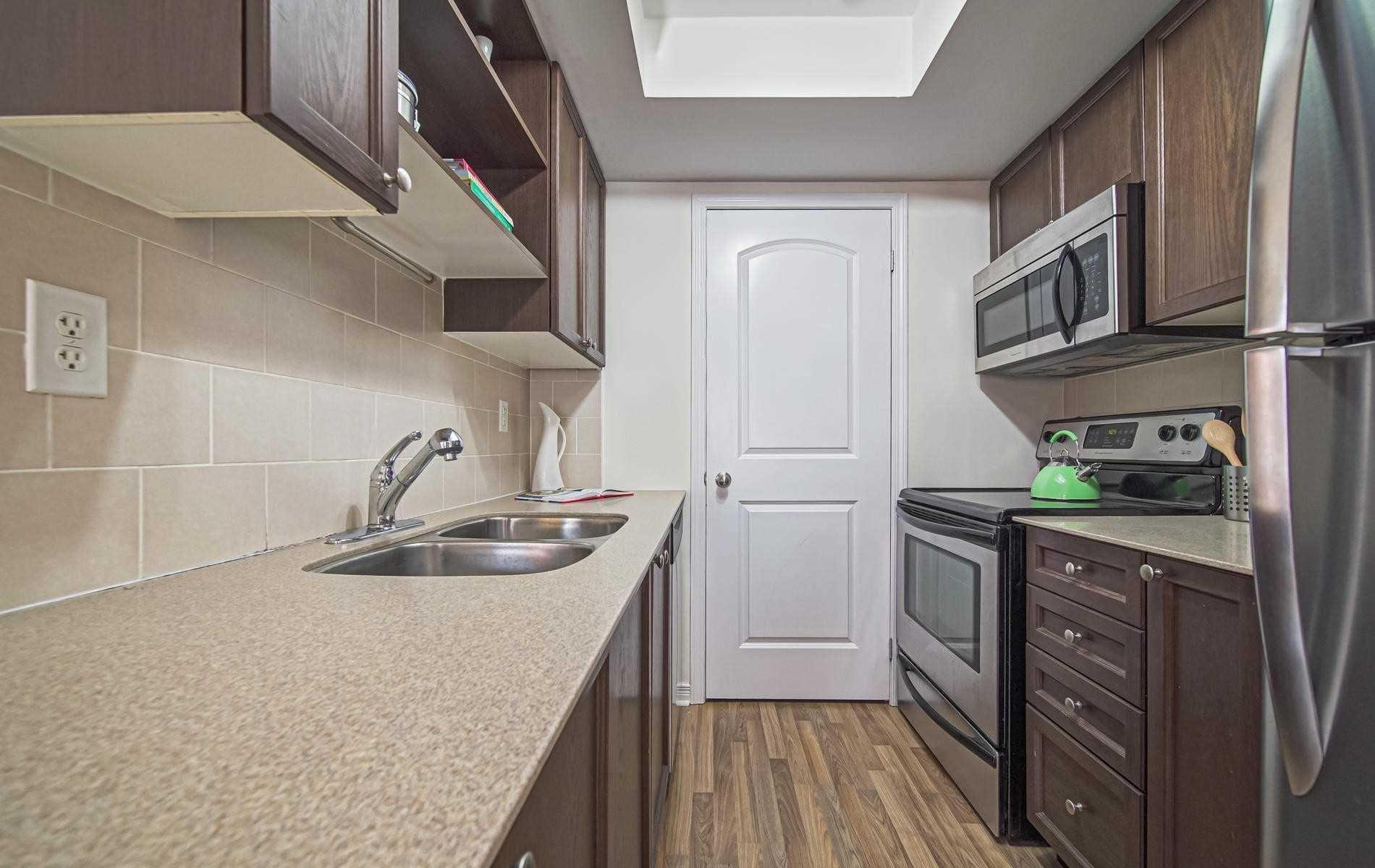 Photo 7: Photos: 3 78 Munro Street in Toronto: South Riverdale Condo for sale (Toronto E01)  : MLS®# E4615987