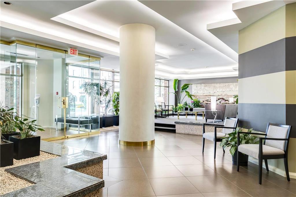 Photo 2: Photos: 1403 180 Tuxedo Avenue in Winnipeg: Tuxedo Condominium for sale (1E)  : MLS®# 202002406