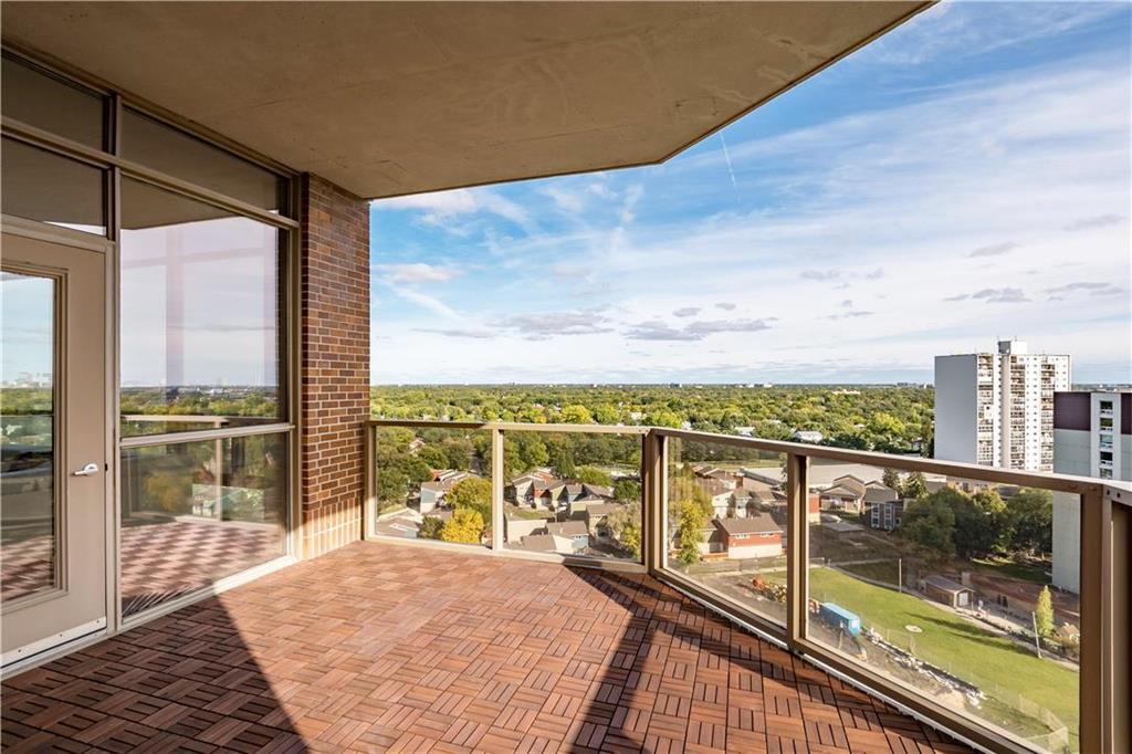 Photo 18: Photos: 1403 180 Tuxedo Avenue in Winnipeg: Tuxedo Condominium for sale (1E)  : MLS®# 202002406