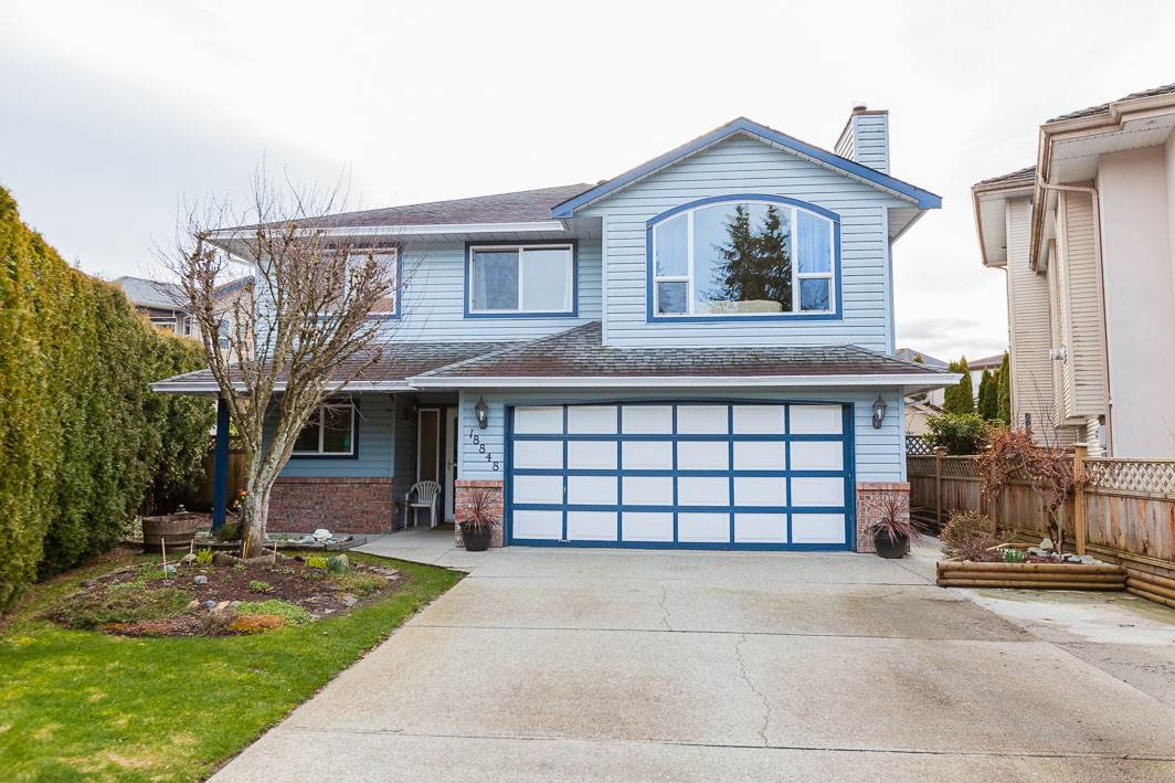 Main Photo: 18848 122B Avenue in Pitt Meadows: Central Meadows House for sale : MLS®# R2438852