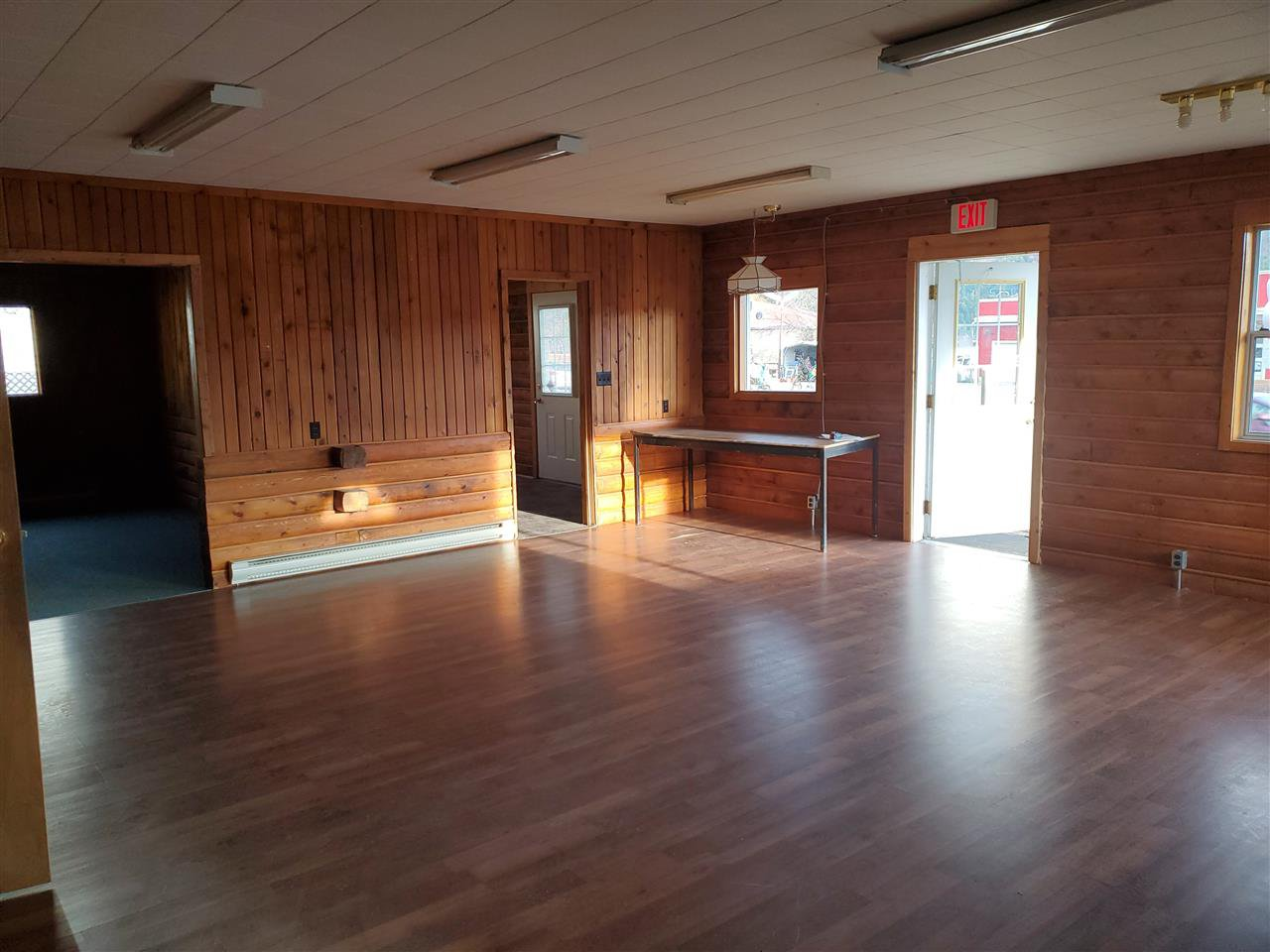 Photo 3: Photos: 1600 CARIBOO 97 Highway in No City Value: BCNREB Out of Area Retail for sale : MLS®# C8035132
