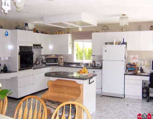 Photo 2: Photos: 35444 SANDY HILL RD in Abbotsford: Abbotsford East House for sale : MLS®# F2609320
