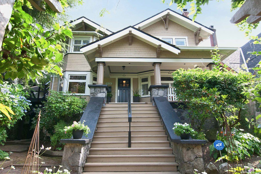 Main Photo: 1816 W 14TH AV in Vancouver: Kitsilano House for sale (Vancouver West)  : MLS®# V998928
