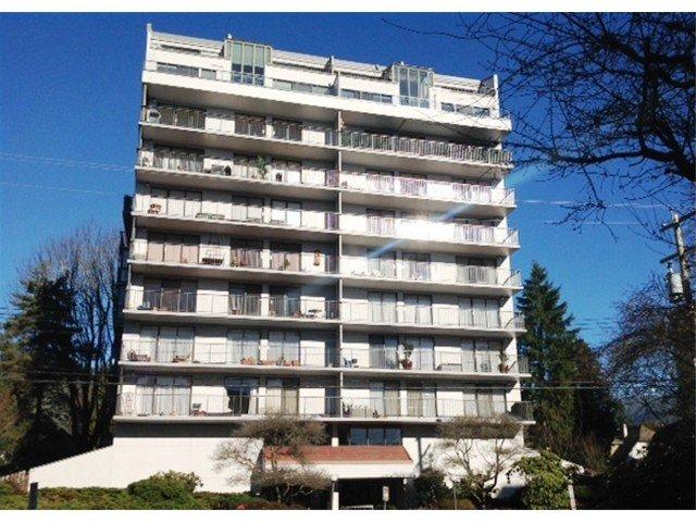 "Main Photo: 603 1745 ESQUIMALT Avenue in West Vancouver: Ambleside Condo for sale in ""LIONCREST"" : MLS®# V1045450"
