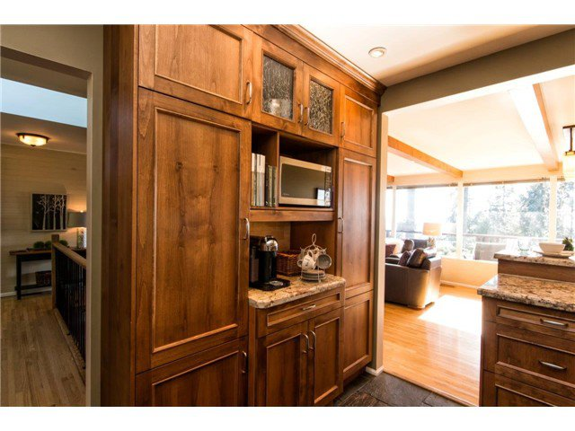 Photo 14: Photos: 473 MONTERAY Avenue in North Vancouver: Upper Delbrook House for sale : MLS®# V1115755