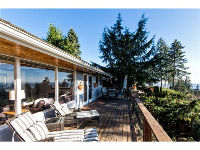 Photo 3: Photos: 473 MONTERAY Avenue in North Vancouver: Upper Delbrook House for sale : MLS®# V1115755