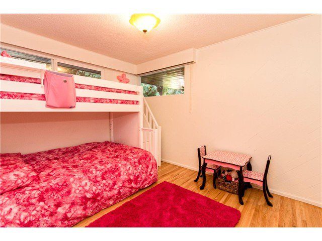Photo 16: Photos: 473 MONTERAY Avenue in North Vancouver: Upper Delbrook House for sale : MLS®# V1115755