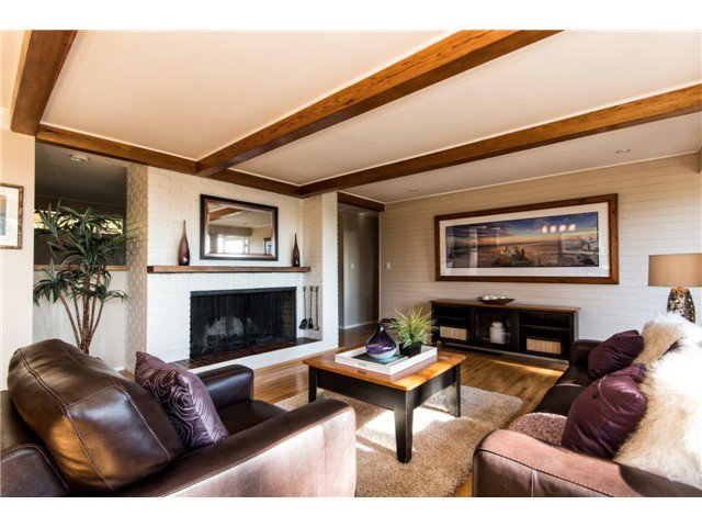 Photo 7: Photos: 473 MONTERAY Avenue in North Vancouver: Upper Delbrook House for sale : MLS®# V1115755