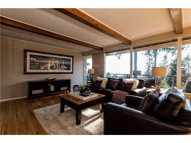 Photo 8: Photos: 473 MONTERAY Avenue in North Vancouver: Upper Delbrook House for sale : MLS®# V1115755