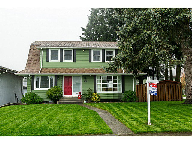 Main Photo: 153 HARVEY Street in New Westminster: The Heights NW House for sale : MLS®# V1119422