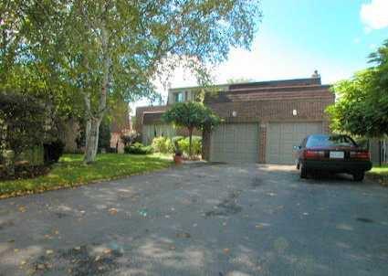 Main Photo: 36 Wootten Way N in MARKHAM: House (2-Storey) for sale (N11: LOCUST HIL)  : MLS®# N987316