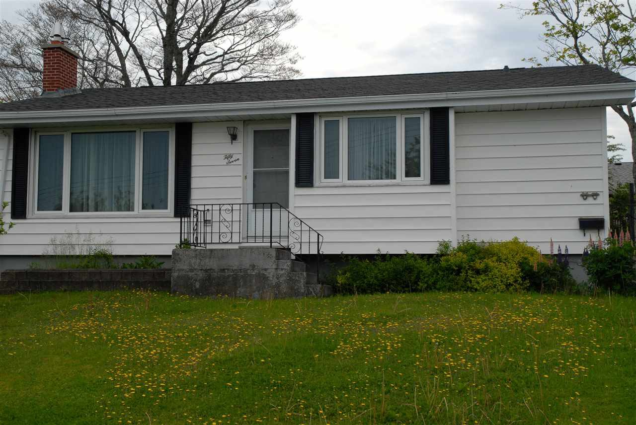 Main Photo: 57 Clearview Street in Halifax: 7-Spryfield Residential for sale (Halifax-Dartmouth)  : MLS®# 201502795