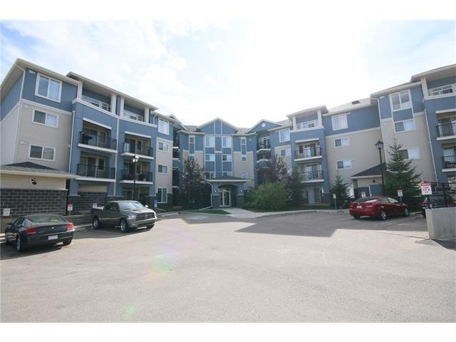 Main Photo: 206 120 COUNTRY VILLAGE Circle NE in Calgary: Country Hills Village Condo for sale : MLS®# C4043750