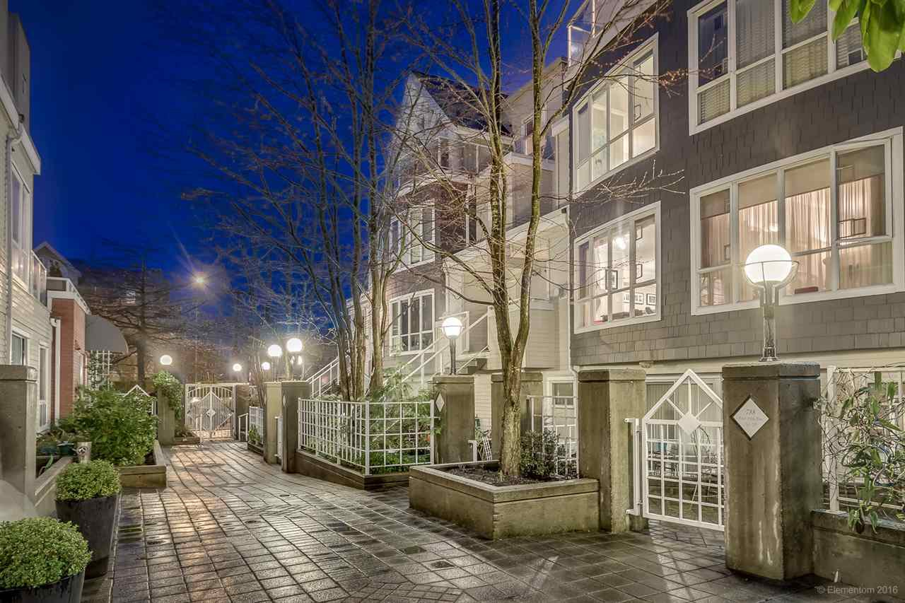 """Main Photo: 26 788 W 15TH Avenue in Vancouver: Fairview VW Townhouse for sale in """"SIXTEEN WILLOWS"""" (Vancouver West)  : MLS®# R2042871"""