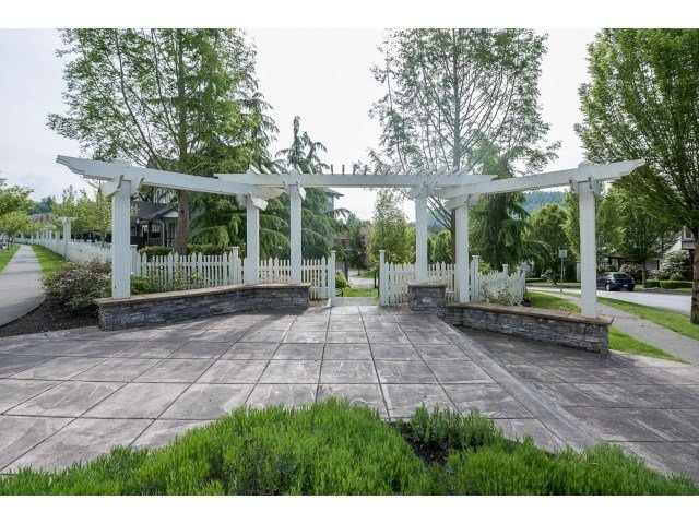 "Photo 19: Photos: 63 4401 BLAUSON Boulevard in Abbotsford: Abbotsford East Townhouse for sale in ""Sage at Auguston"" : MLS®# R2061479"