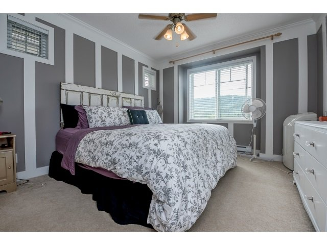 "Photo 10: Photos: 63 4401 BLAUSON Boulevard in Abbotsford: Abbotsford East Townhouse for sale in ""Sage at Auguston"" : MLS®# R2061479"