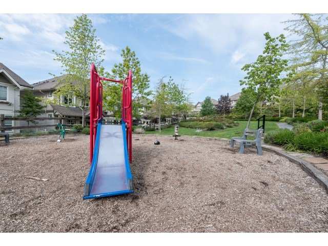 "Photo 18: Photos: 63 4401 BLAUSON Boulevard in Abbotsford: Abbotsford East Townhouse for sale in ""Sage at Auguston"" : MLS®# R2061479"