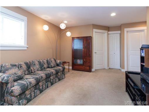 Photo 19: Photos: 4066 Copperridge Lane in VICTORIA: SW Glanford House for sale (Saanich West)  : MLS®# 732504