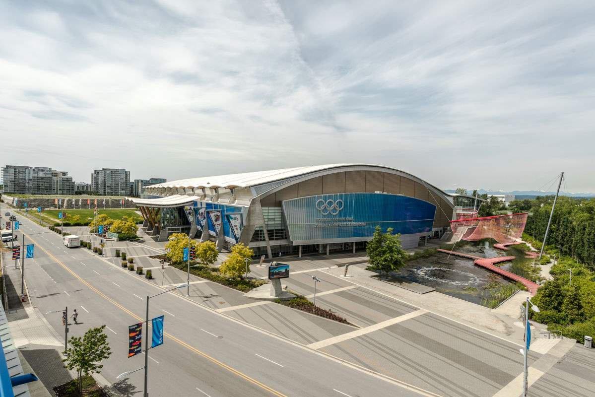 Main Photo: 5010 5511 HOLLYBRIDGE Way in Richmond: Brighouse Condo for sale : MLS®# R2118055