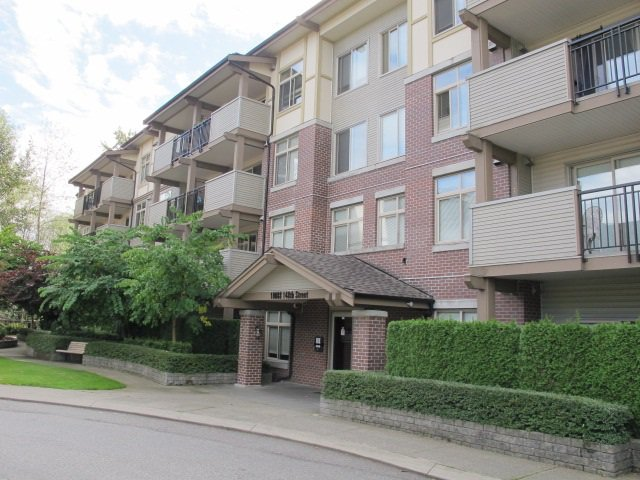"Main Photo: 113 10088 148 Street in Surrey: Guildford Condo for sale in ""BLOOMSBURY COURT"" (North Surrey)  : MLS®# R2119867"