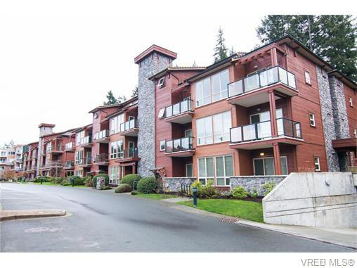 Main Photo: 101 631 Brookside Road in VICTORIA: Co Latoria Condo Apartment for sale (Colwood)  : MLS®# 371873