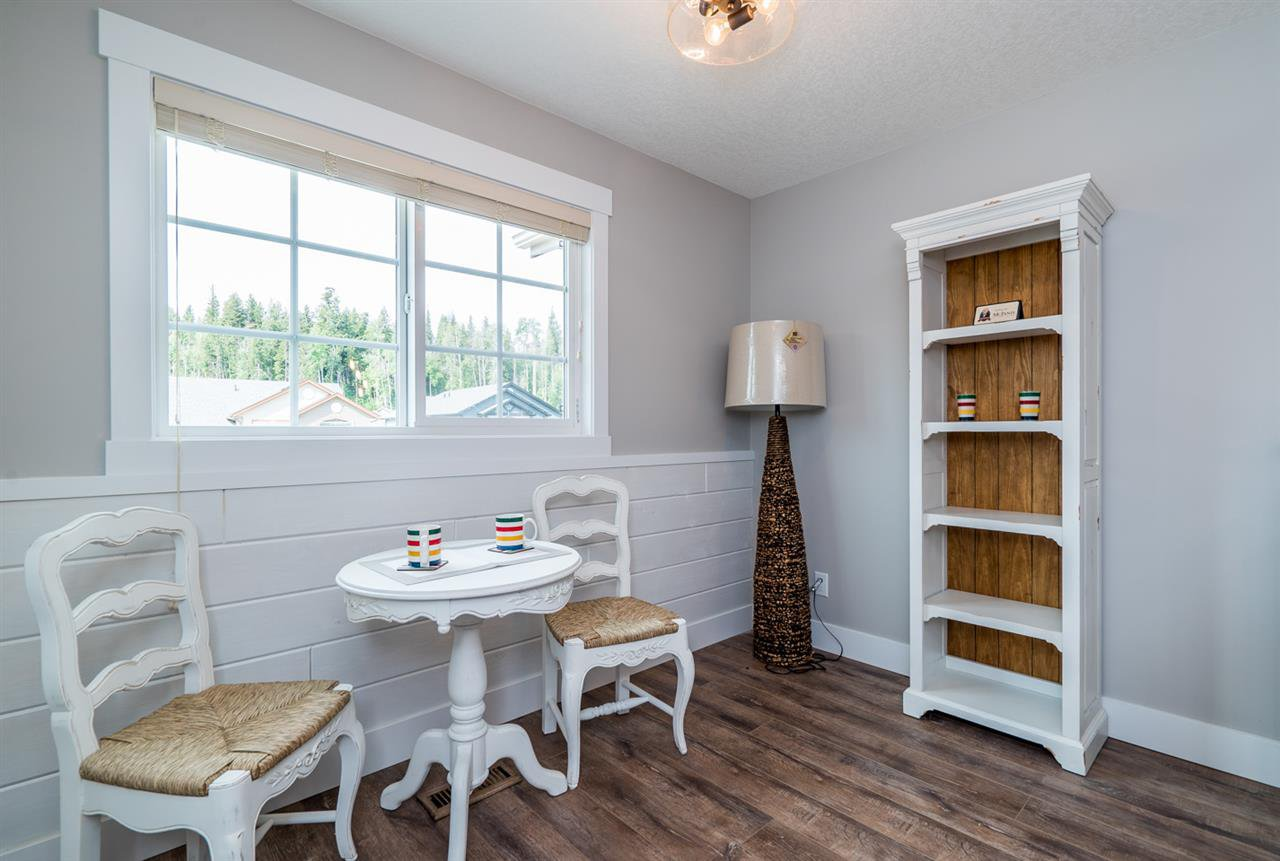 """Photo 16: Photos: 7630 CREEKSIDE Way in Prince George: Lower College House for sale in """"CREEKSIDE PROPERTIES"""" (PG City South (Zone 74))  : MLS®# R2124775"""
