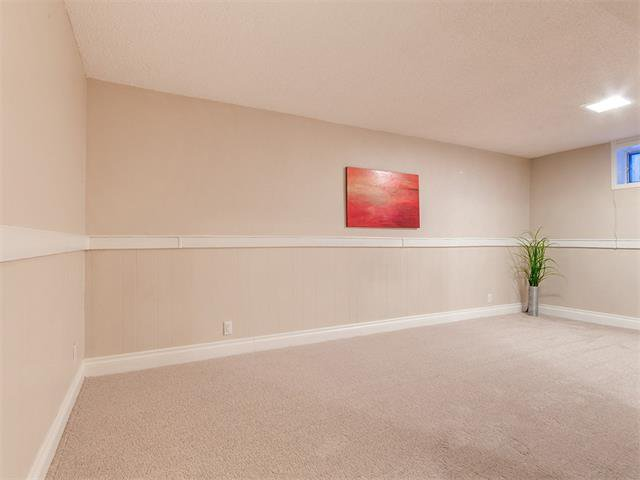 Photo 31: Photos: 453 29 Avenue NW in Calgary: Mount Pleasant House for sale : MLS®# C4091200