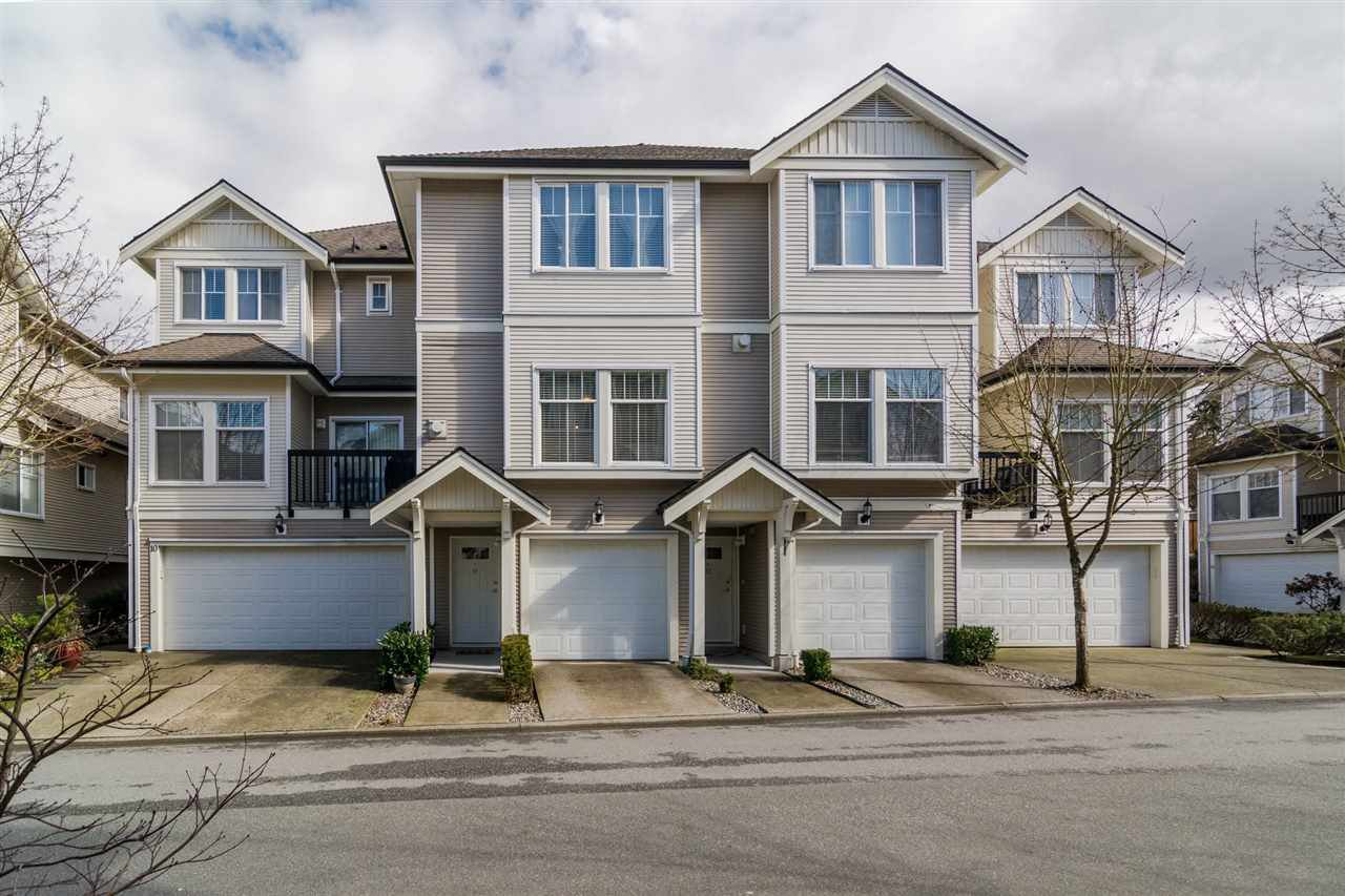 "Main Photo: 11 21535 88 Avenue in Langley: Walnut Grove Townhouse for sale in ""REDWOOD LANE"" : MLS®# R2145751"