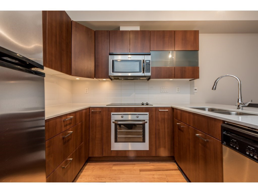 "Photo 4: Photos: 115 13321 102A Avenue in Surrey: Whalley Condo for sale in ""AGENDA"" (North Surrey)  : MLS®# R2154344"