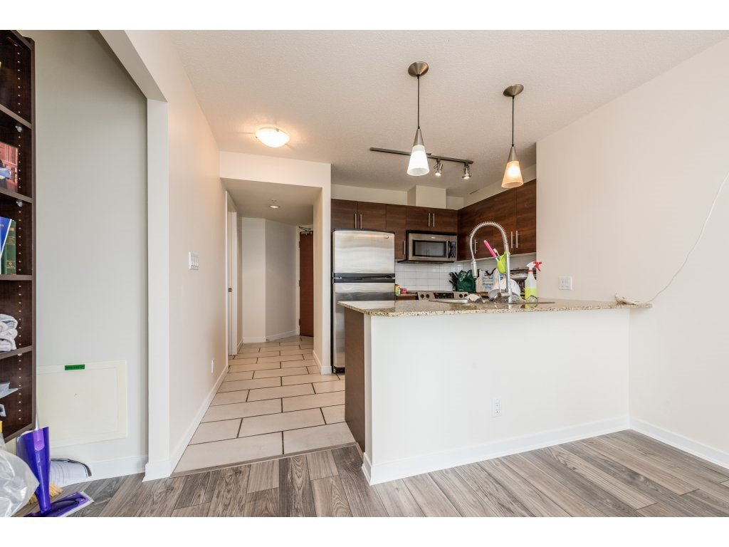 "Photo 7: Photos: 605 814 ROYAL Avenue in New Westminster: Downtown NW Condo for sale in ""THE NEWS"" : MLS®# R2156510"