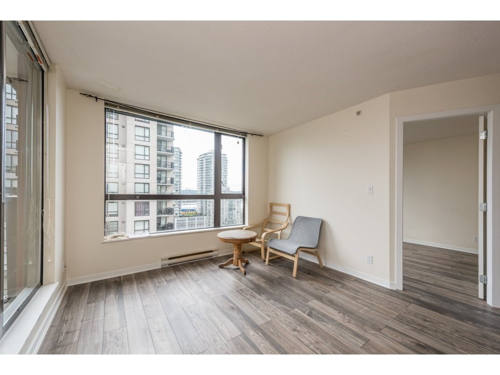 "Photo 6: Photos: 605 814 ROYAL Avenue in New Westminster: Downtown NW Condo for sale in ""THE NEWS"" : MLS®# R2156510"
