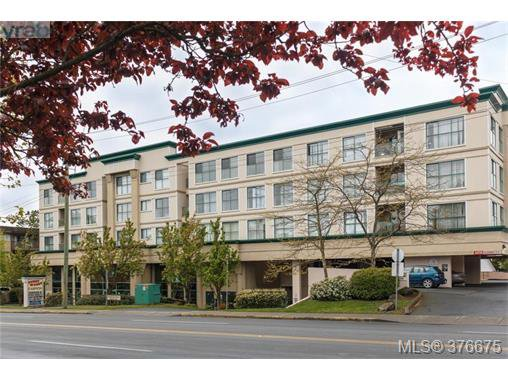 Main Photo: 403 3460 Quadra Street in VICTORIA: SE Quadra Condo Apartment for sale (Saanich East)  : MLS®# 376675