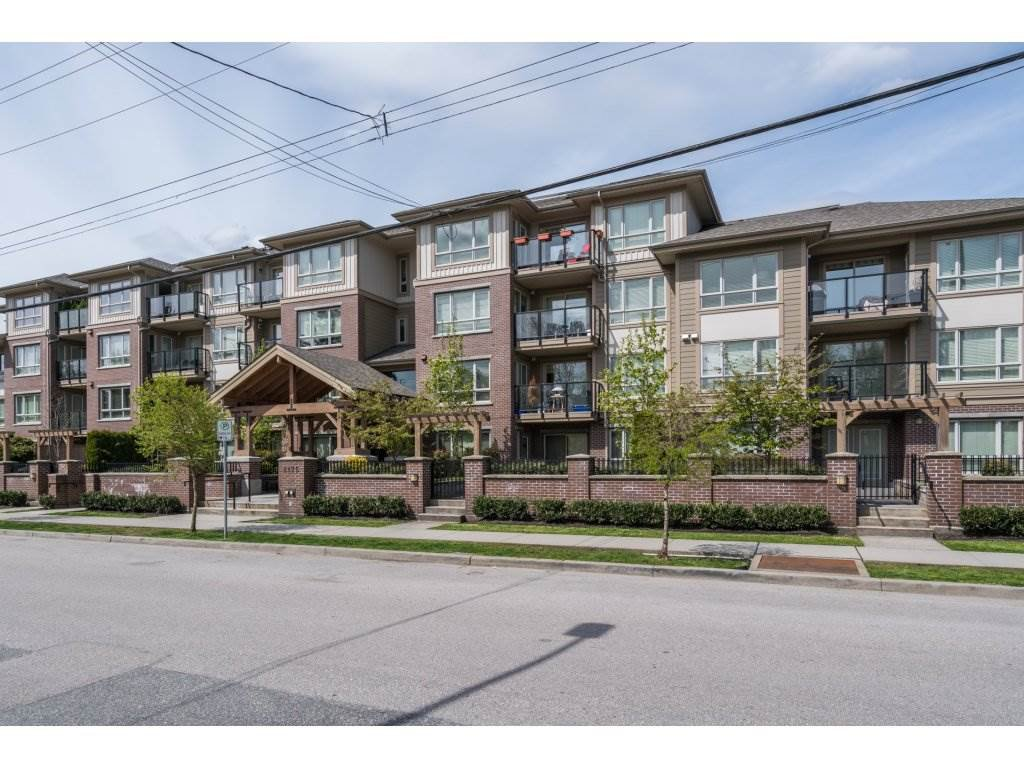 "Main Photo: 401 2175 FRASER Avenue in Port Coquitlam: Glenwood PQ Condo for sale in ""THE RESIDENCES OF SHAUGHNESSY"" : MLS®# R2163072"