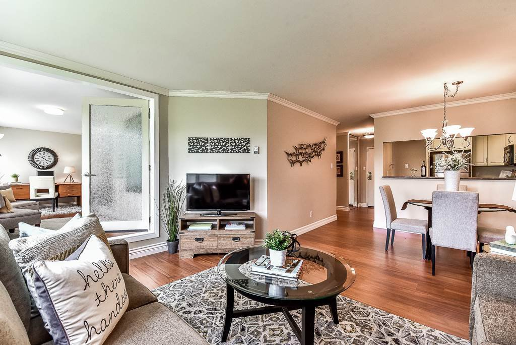 """Main Photo: 104 15272 19 Avenue in Surrey: King George Corridor Condo for sale in """"Parkview Place"""" (South Surrey White Rock)  : MLS®# R2163903"""