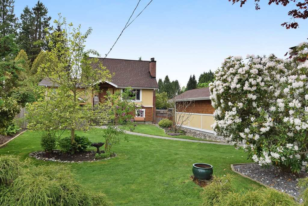 Main Photo: 12085 BLAKELY Road in Pitt Meadows: Central Meadows House for sale : MLS®# R2166828